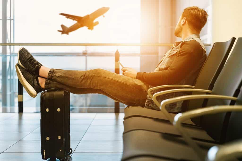 איש לפני טיסה